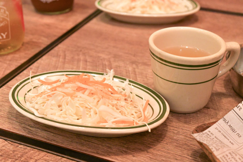 うしすけのサラダとスープ